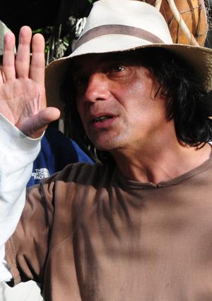 William González